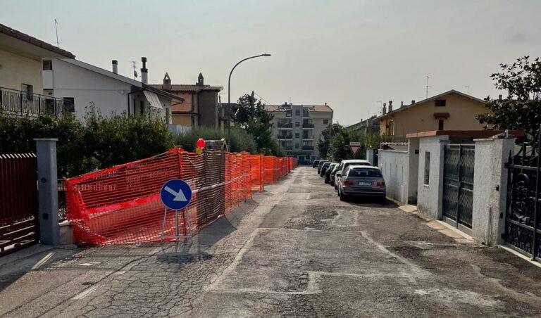 Città Sant'Angelo, nuovo marciapiede in via Crognale