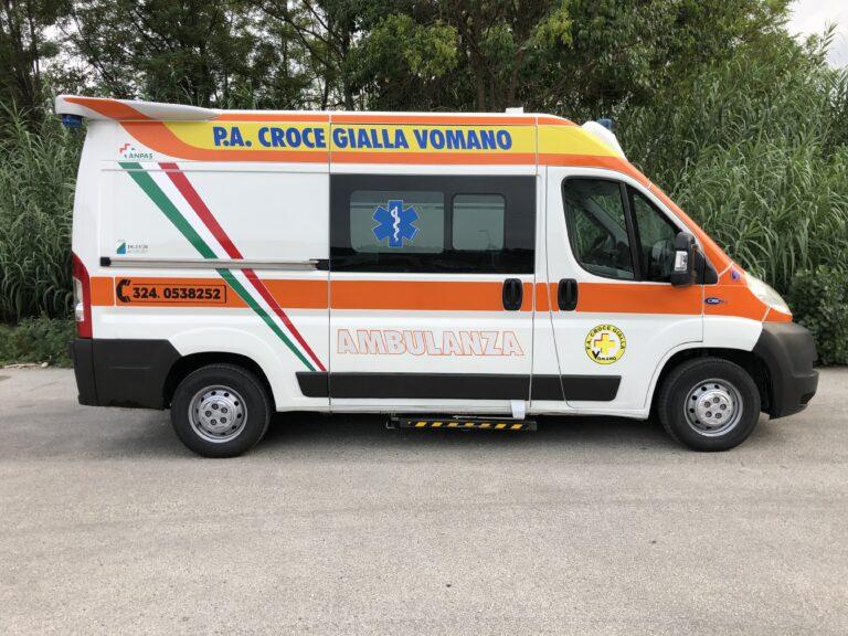 Nuova ambulanza per la Croce Gialla Vomano