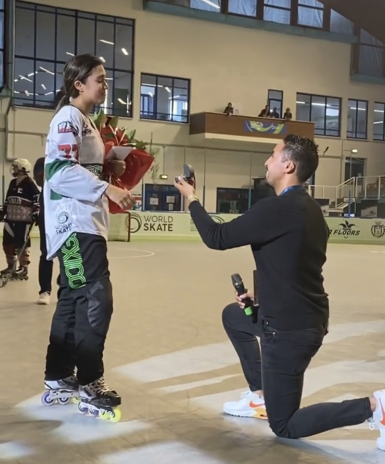 Roccaraso, chiede di sposarla alla fine della partita dei mondiali di hockey