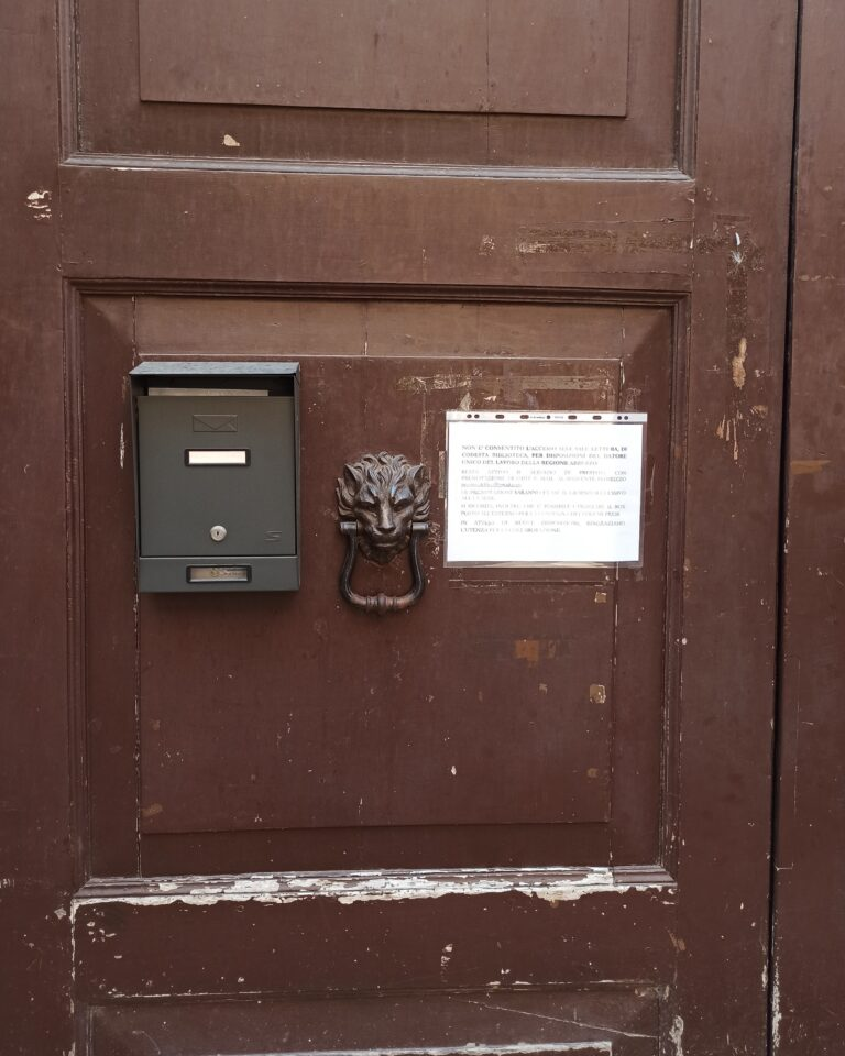 Teramo, Biblioteca Delfico chiusa: Rifondazione Comunista contro la Regione