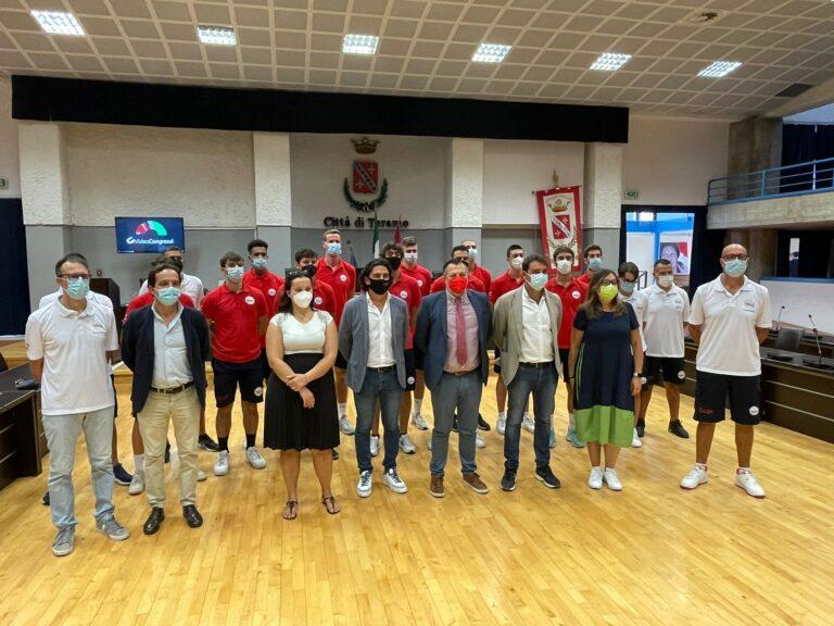 """Basket, la Teramo a Spicchi si presenta: """"Il sogno? Riempiere il PalaScapriano"""" FOTO VIDEO"""
