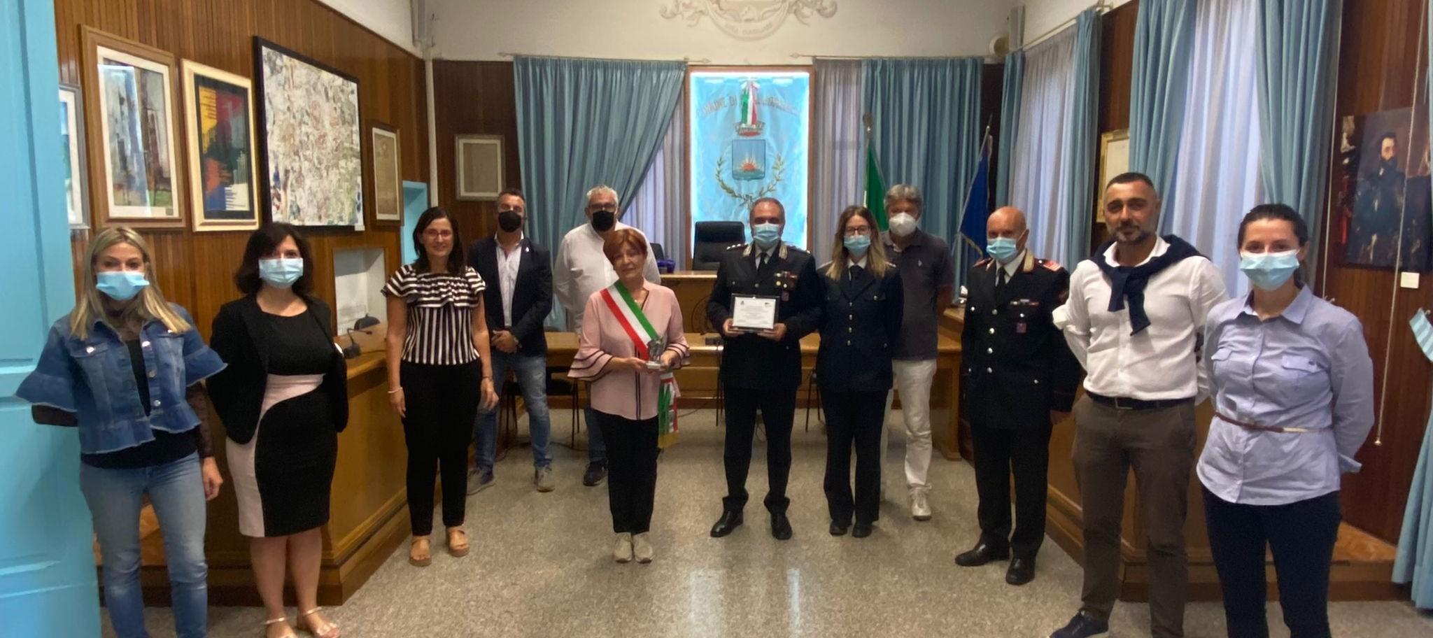 """Alba Adriatica, il consiglio comunale """"saluta"""" il capitano Abbatantuoni"""