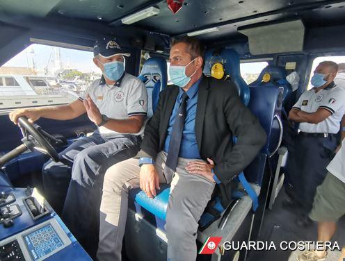 Giulianova, il Presidente di Federvela in visita alla Capitaneria