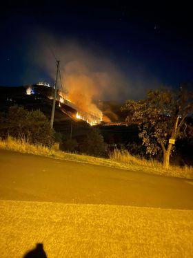 Incendio nella notte a Castellalto