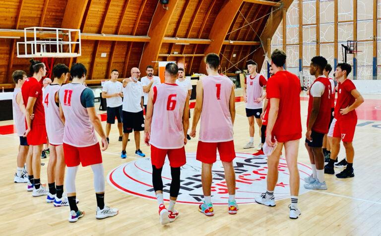 Basket, Rennova Teramo incontra la Cestistica San Severo