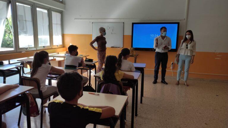 Giulianova, primo giorno di scuola con Costantini e la vice Albani