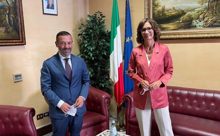 Emergenza incendi in Abruzzo: Sospiri incontra la Gelmini