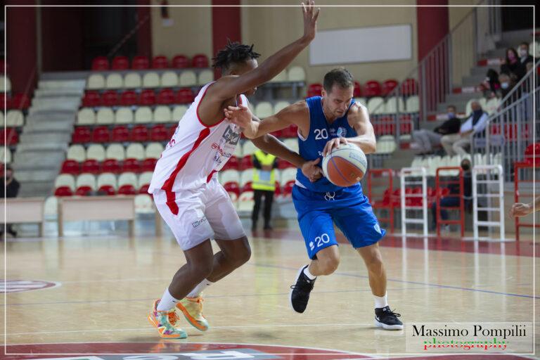 """Basket, in Supercoppa derby tra Roseto e Teramo. Salvemini: """"Ci servirà"""""""