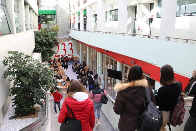 Teramo, l'Università riparte in presenza e in sicurezza FOTO