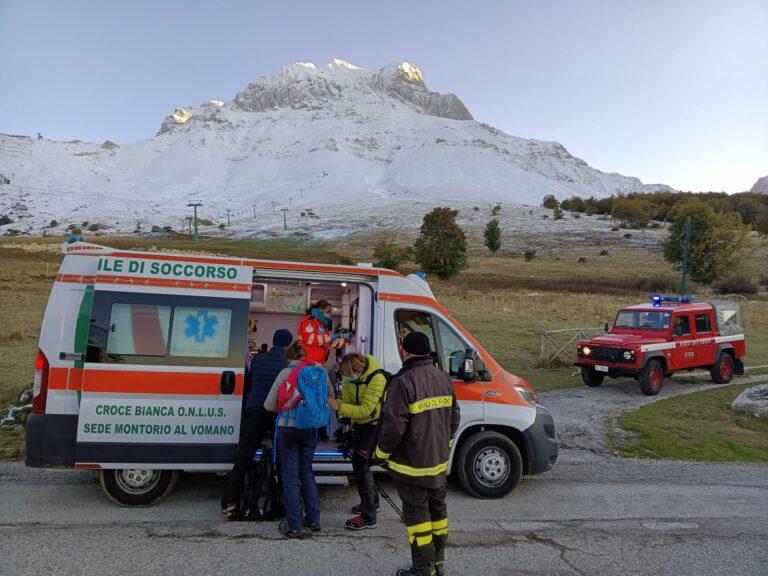 Prati di Tivo, i vigili del fuoco soccorrono 4 escursionisti