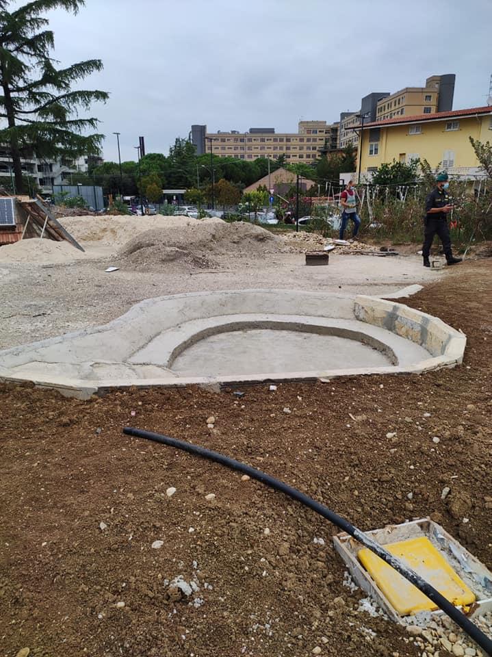 Pescara, abuso edilizio e tombamento di rifiuti: sequestrata area in centro FOTO