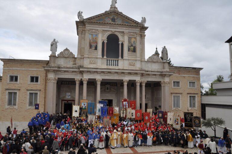 Al Santuario di San Gabriele il Giubileo delle Confraternite