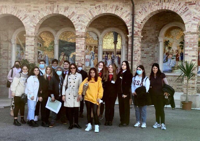 Giulianova, il 'Di Poppa-Rozzi' di Teramo in visita al Santuario della Madonna dello Splendore