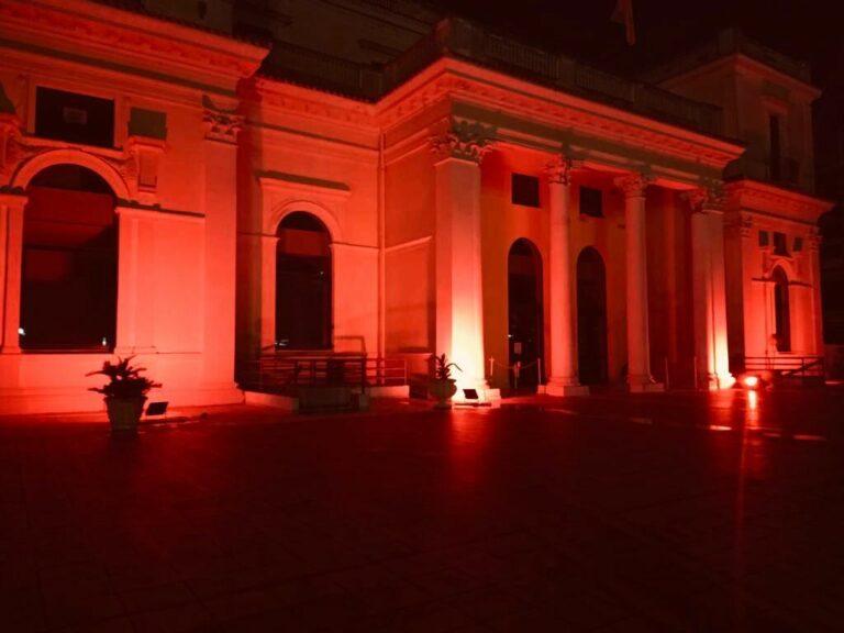 Giulianova, il Kursaal si tinge di arancione per la Giornata Internazionale delle bambine e delle ragazze