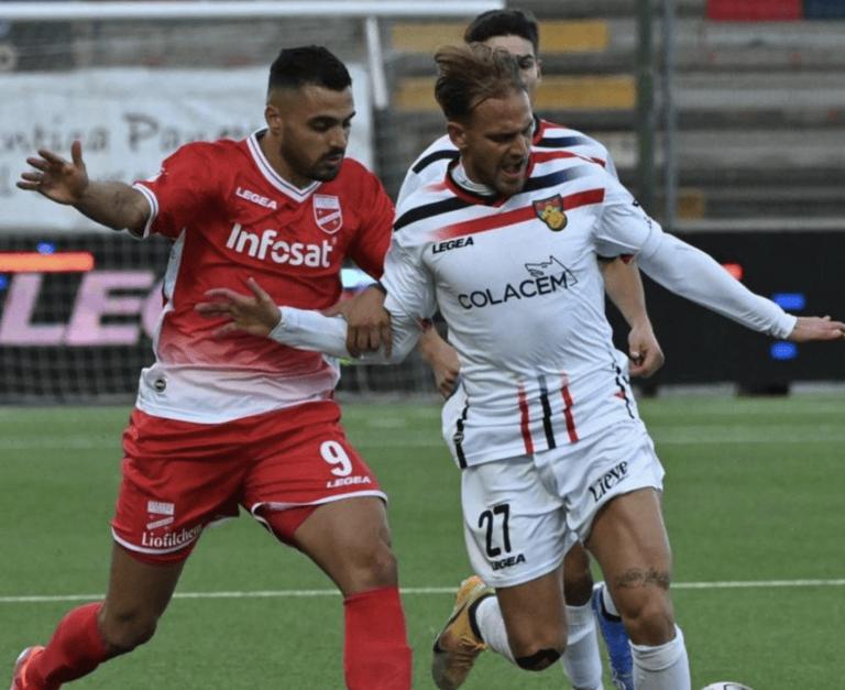Serie C, il Teramo (con l'uomo in più) non sfonda: 1-1 contro il Gubbio