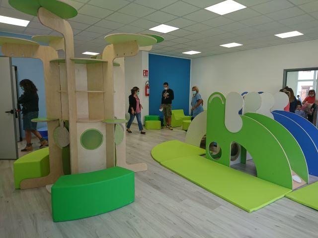 Ortona, taglio del nastro per le scuole dell'infanzia di via Gran Sasso e Villa San Nicola