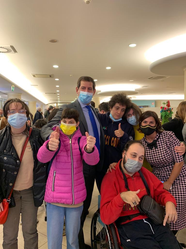 Atri: i ragazzi di Rurabilandia incontrano il ministro per le disabilità, Erika Stefani